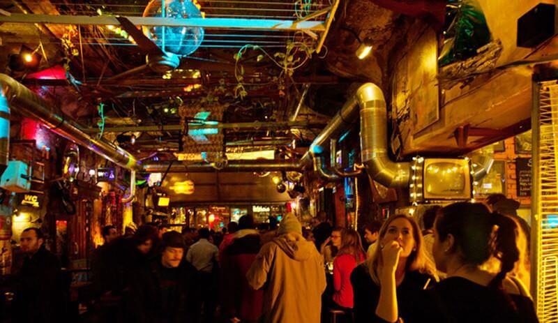budapest bars en ruines ruins bars