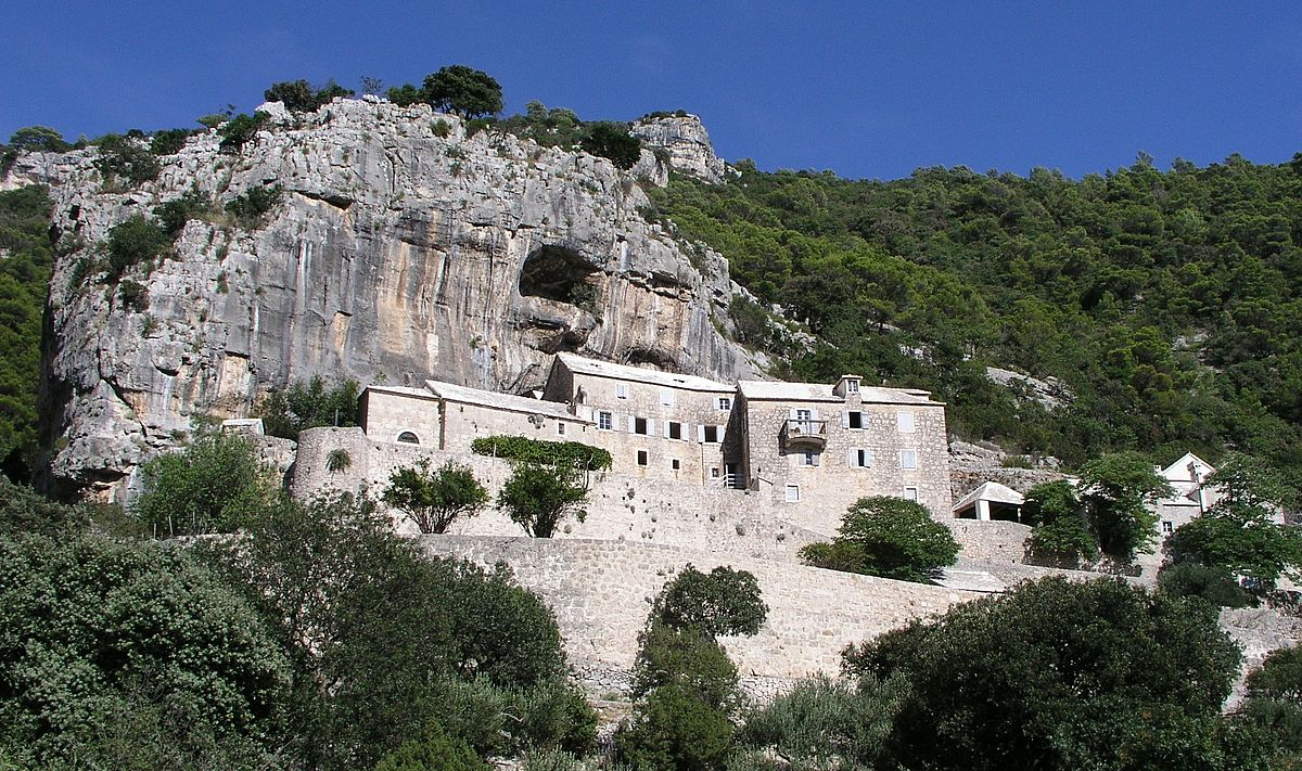 dolina Blaca monastère ermite de Blaca sur l'île de Brac