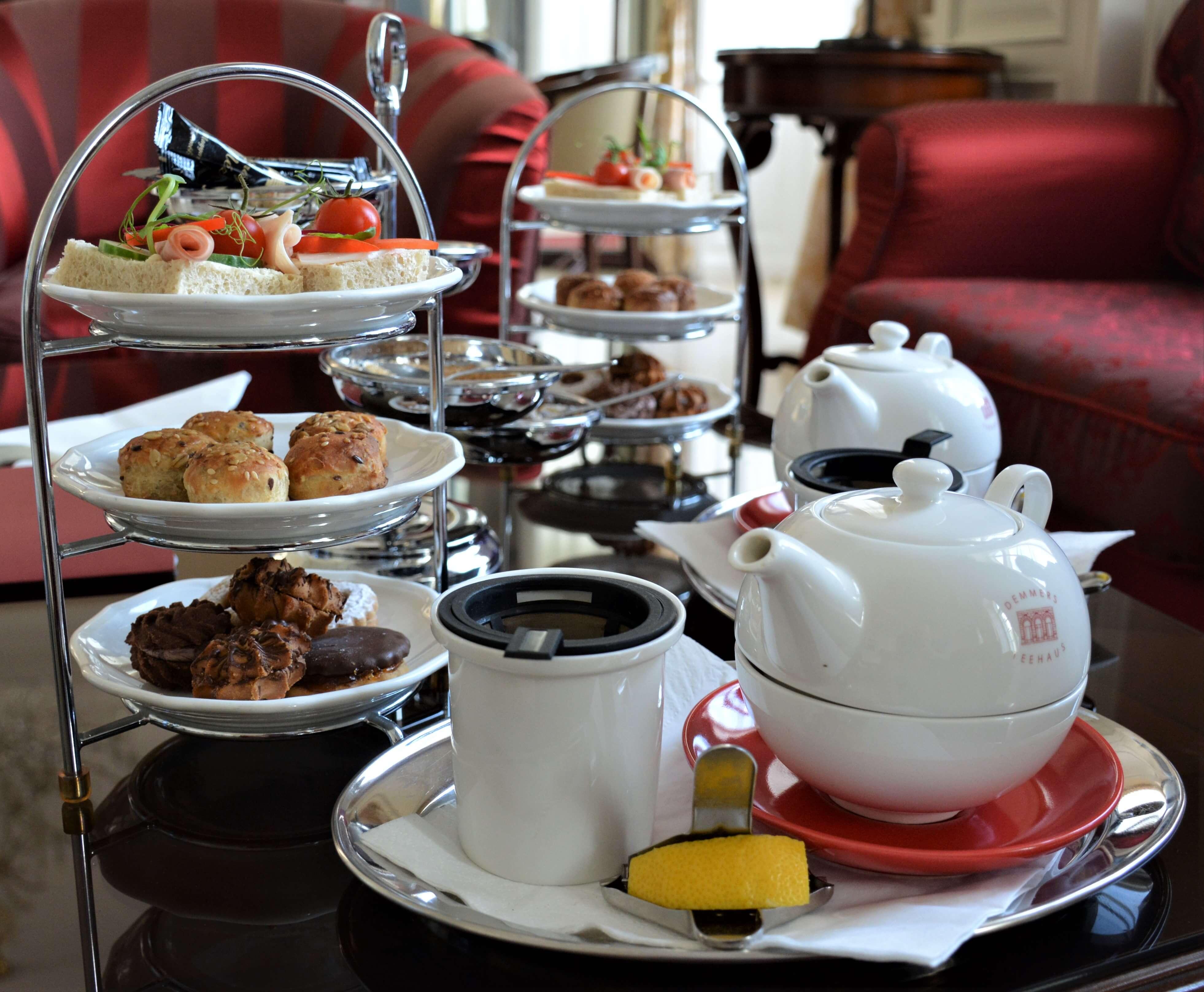salon de thé de l'hôtel de luxe La Contessa