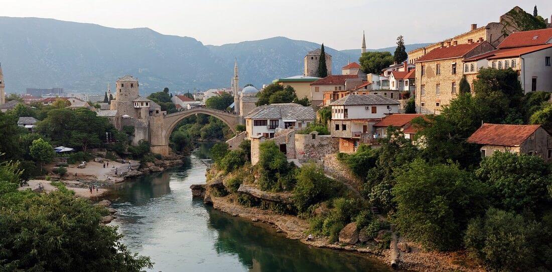 Mostar et la Neretva