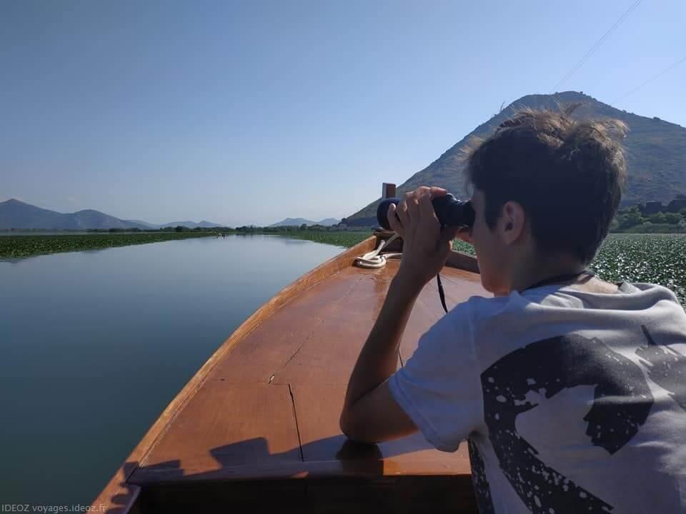 jumelles pour observer la faune et la flore du lac Skadar