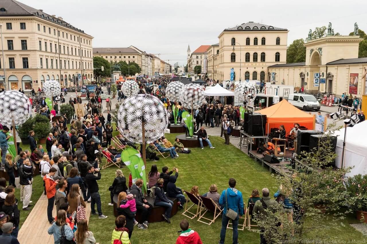 Munich Streetlife Festival par Green City sur Ludwigsstrasse