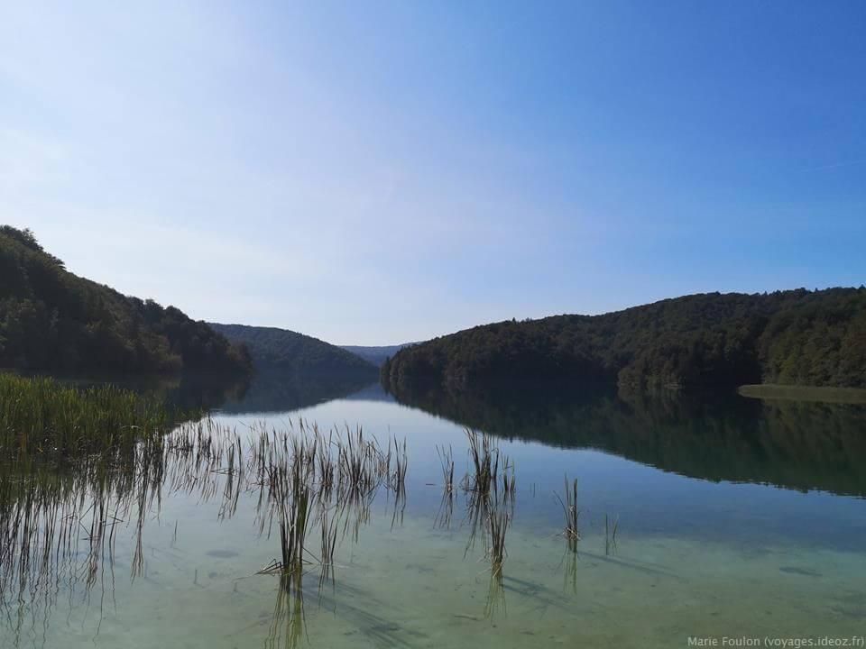 Un des lacs de Plitvice en septembre