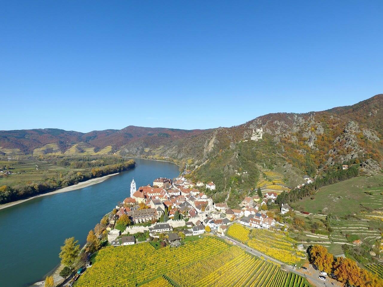 Village dans la vallée du Rhin supérieur