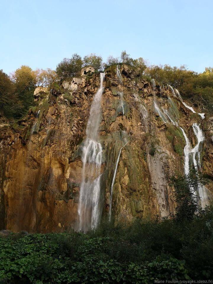 Zoom Grande chute de Plitvice en septembre