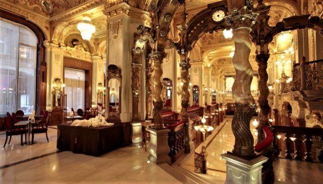 ancien café littéraire New york à Budapest (1)