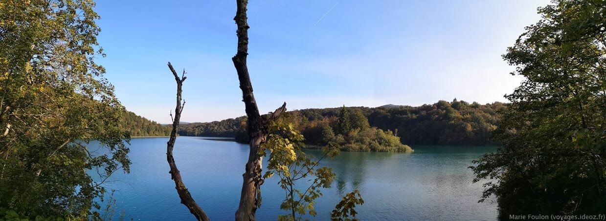 dans le parc de Plitvice en septembre