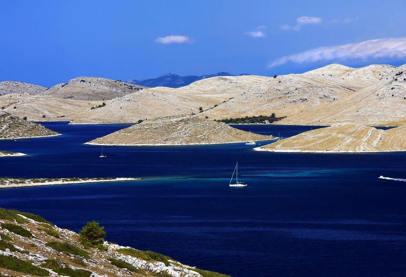 Avec David Maksan, skipper et guide passionné, vous adorerez les îles Kornati 1