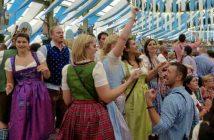 Jeunes bavarois lors de la fête de la bière de Munich