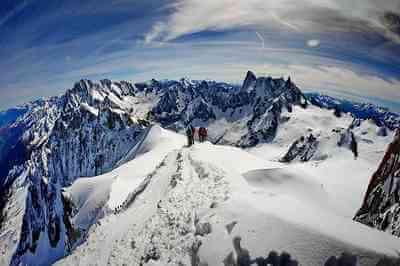 Sur les plus belles routes des Alpes, découvrez la magie de la Via Alpina 1
