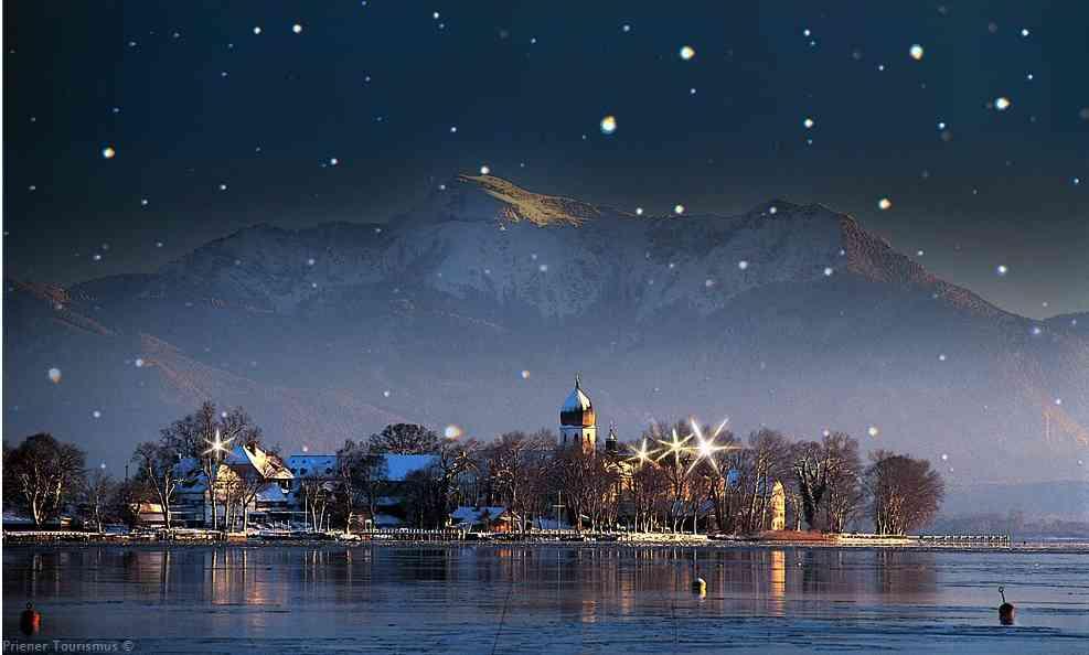 fraueninsel en hiver sous la neige