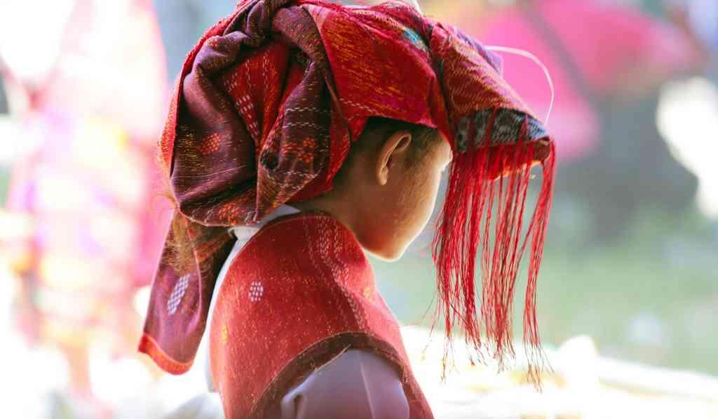 jeune fille en asie photographie de michele jullian