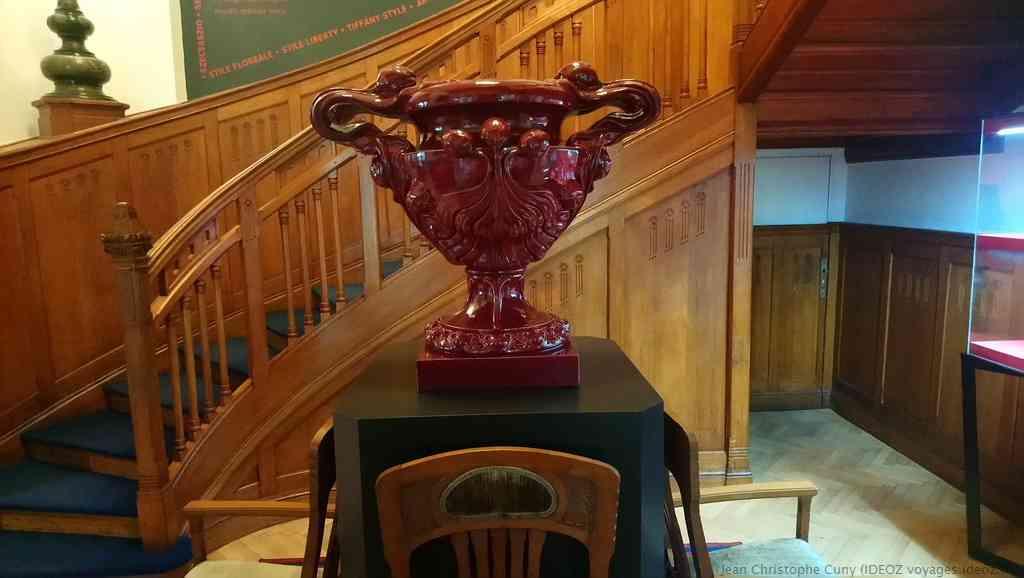 vase Art Nouveau villa de György Ráth