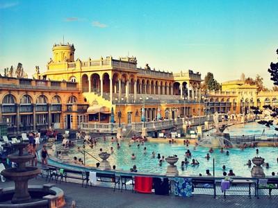 Bains schezeny Budapest