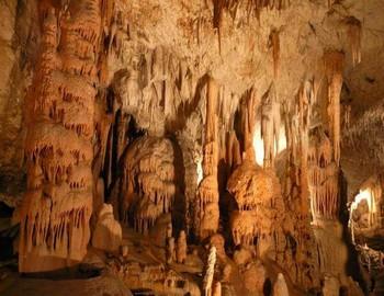 Grottes Postojna