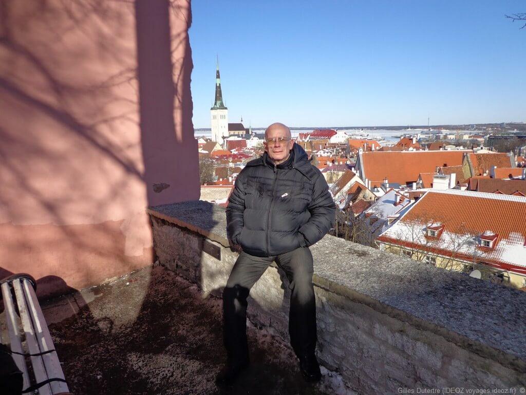 Tallinn Toompea sous le soleil