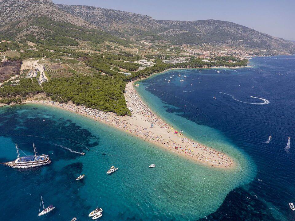 Zlatni rat corne d'or sur l'île de Brac en croatie