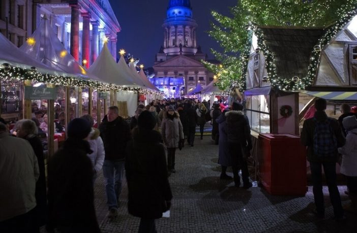 Marché de Noël à Berlin sur la place du Dom