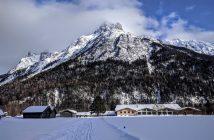 Chalet et massifs autour de Mittenwald Rieboden en hiver
