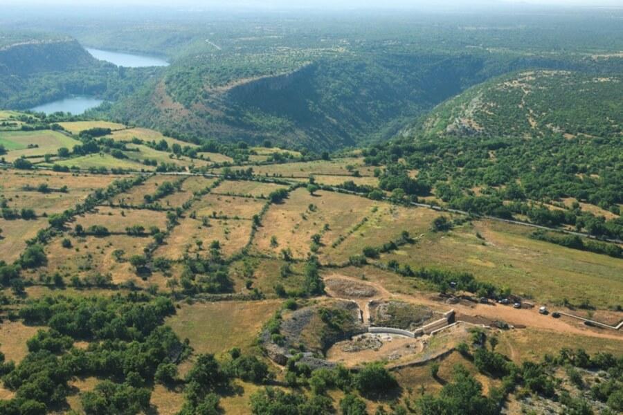 camp militaire romain de burnum puljane dans le parc de krka
