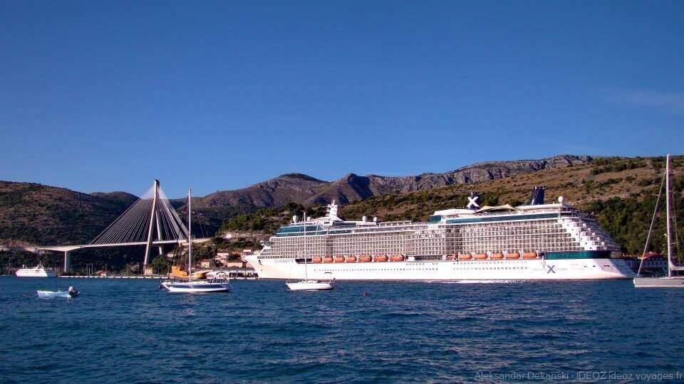 bateaux de croisière en escale à Dubrovnik