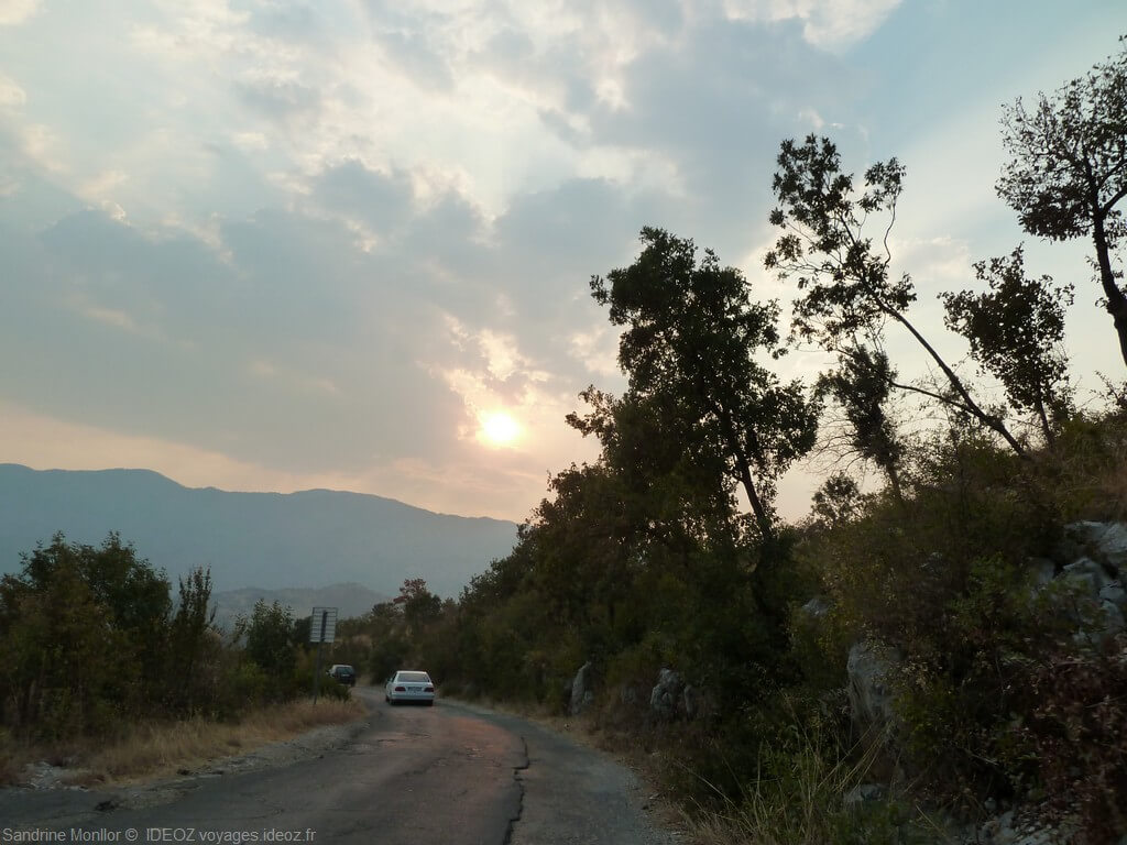 route depuis danilovgrad jusqu'au monastère ostrog