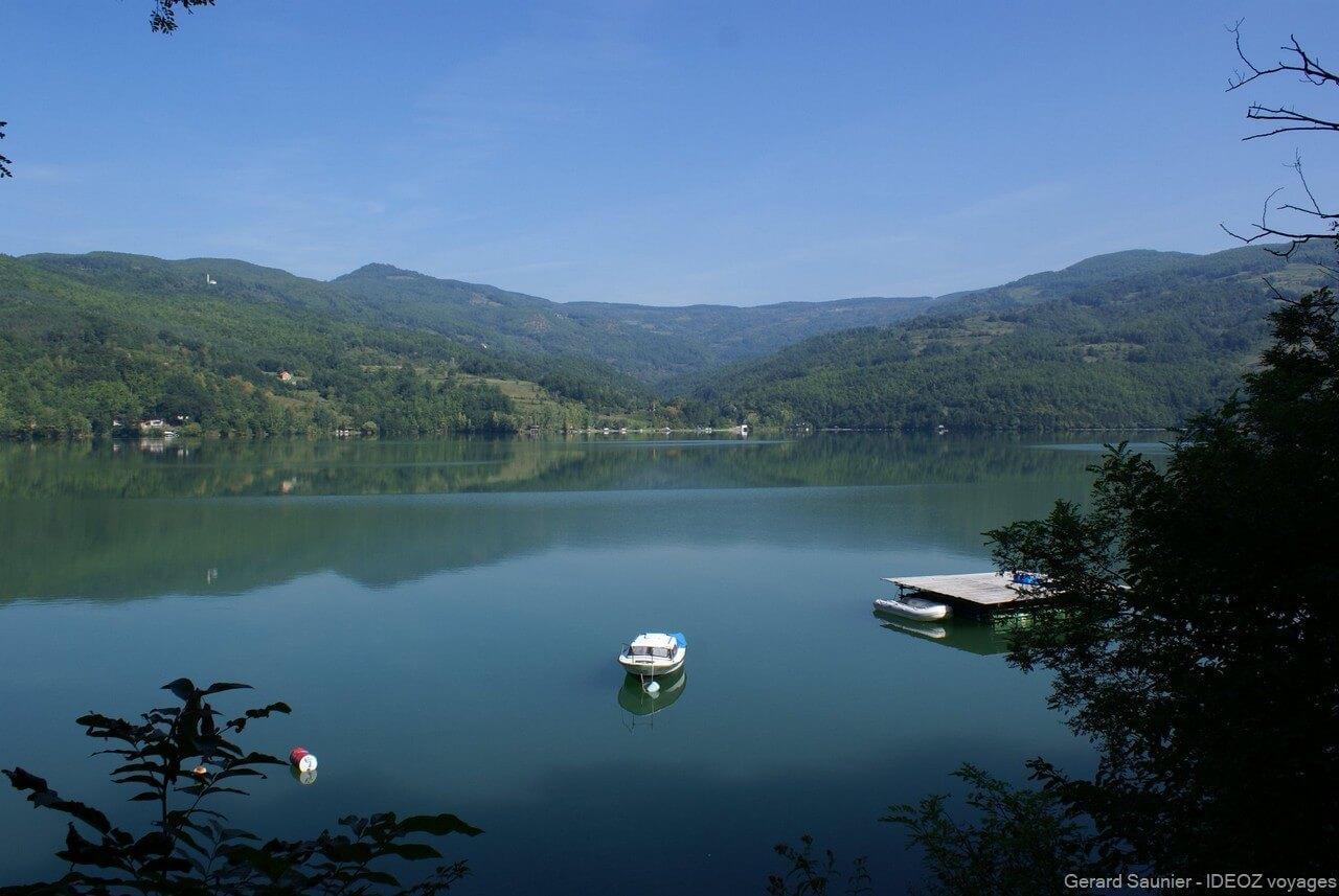 lac de Perucac parc de Tara