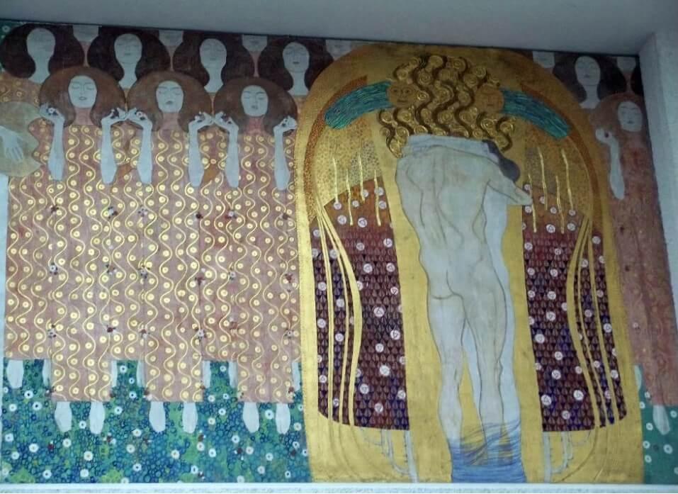 oeuvre de Klimt corps enlacés
