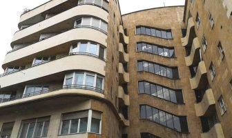 Immeuble dans le style Bauhaus à Budapest