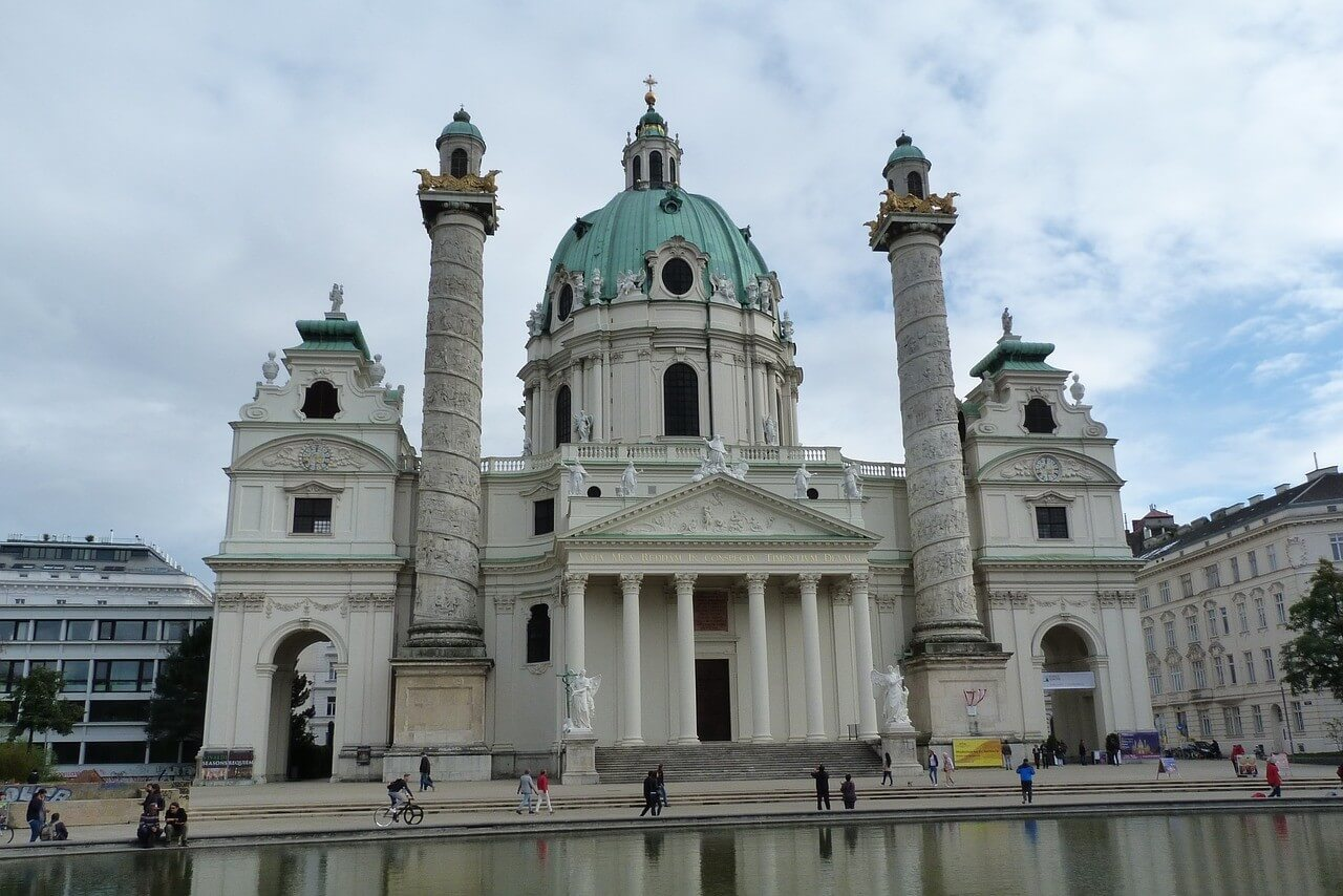 église saint charles karlskirche à vienne