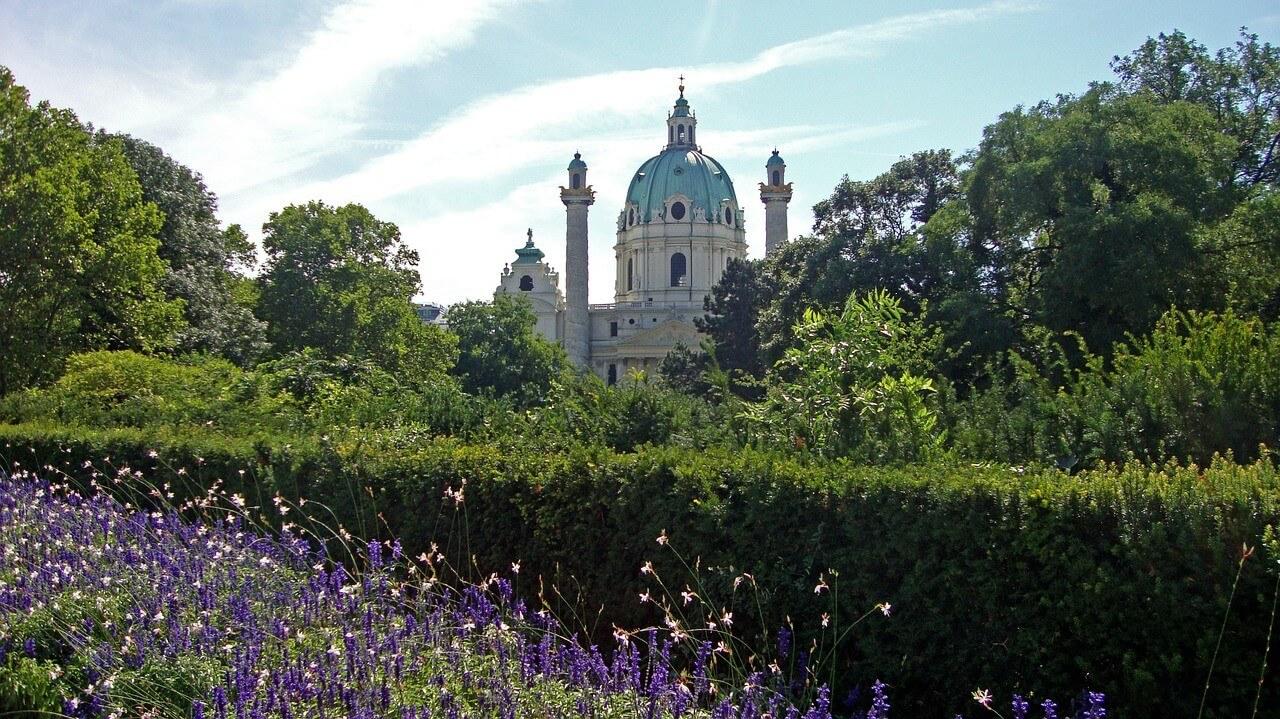 Vienne Dom Karlskirche
