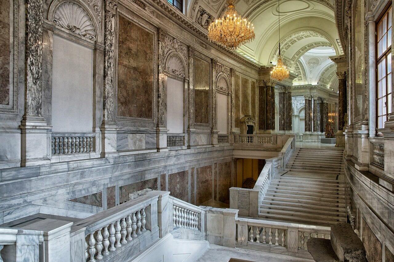 Vienne escaliers du palais de la Hofbsburg