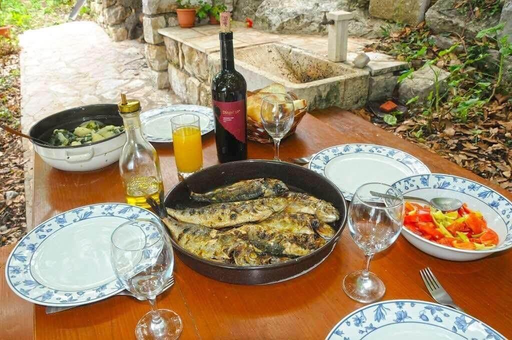 repas chez la famille cumbelic à kozarica