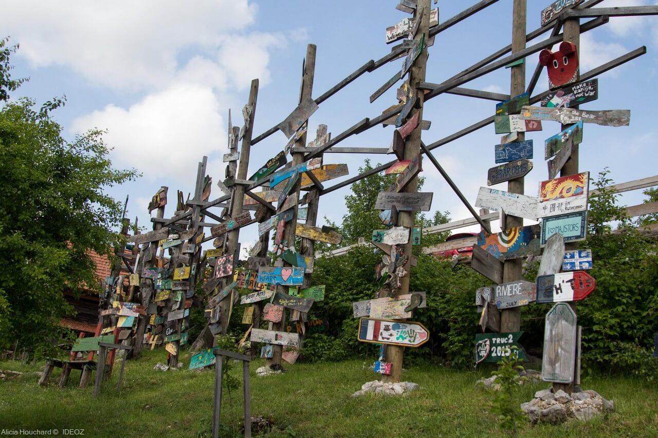 Totems souvenirs du refuge de Kuterevo (1)
