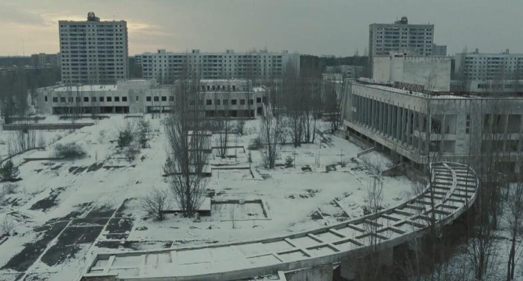 La Terre outragée ; exils et deuils impossibles à Tchernobyl 13