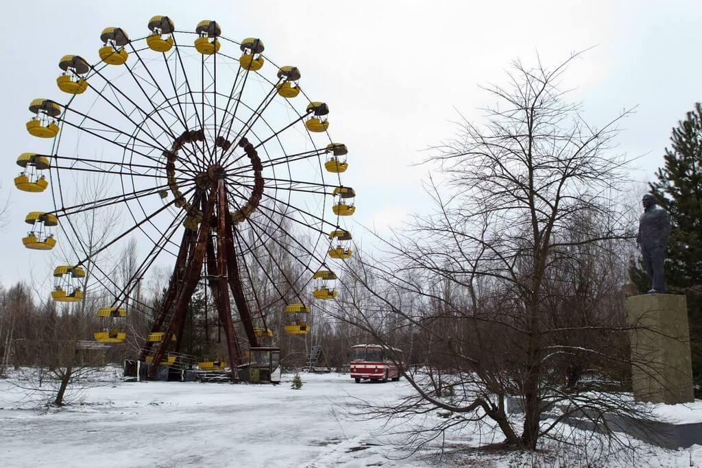 La Terre outragée ; exils et deuils impossibles à Tchernobyl 14
