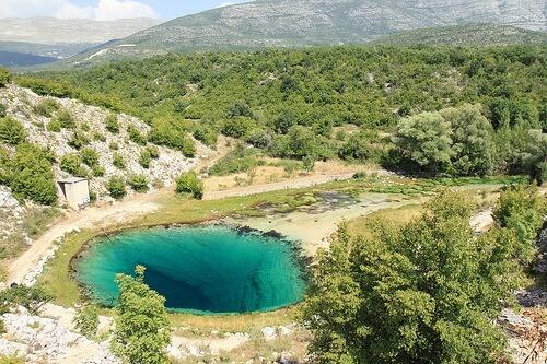 source de cetina en dalmatie du nord