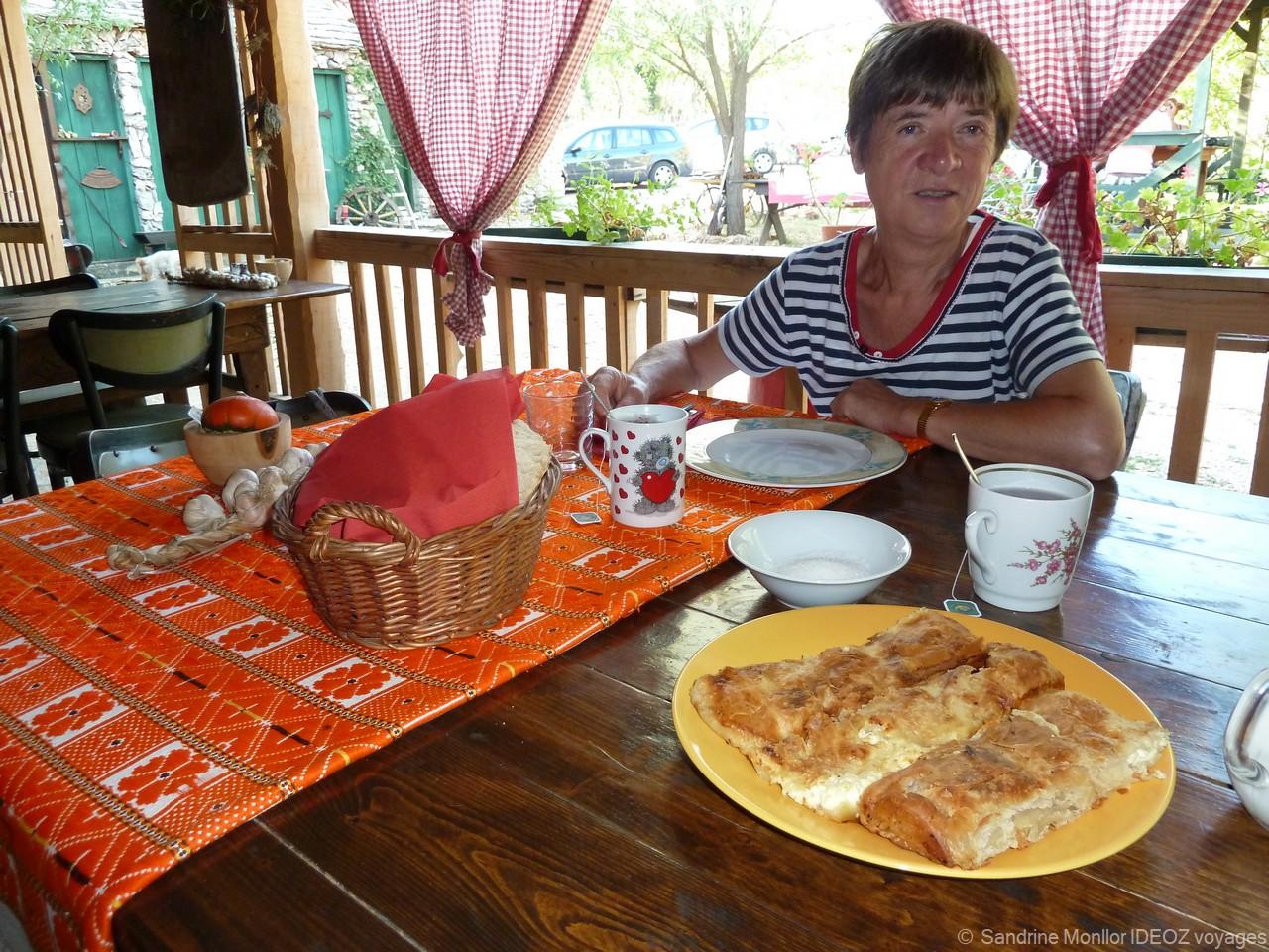 """Que mange-t-on au petit déjeuner en Croatie? Du """"vrai"""" petit déjeuner croate au buffet à l'allemande 1"""