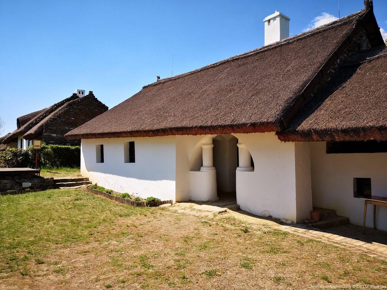 maison traditionnelle de la région de bakony balaton
