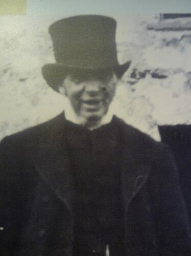 révérend Mackay à saint kilda