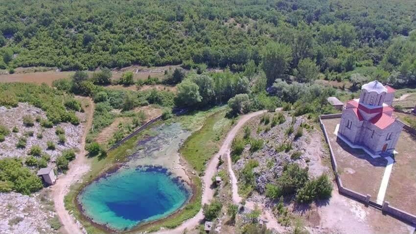 izvor cetine source de la rivière cetina