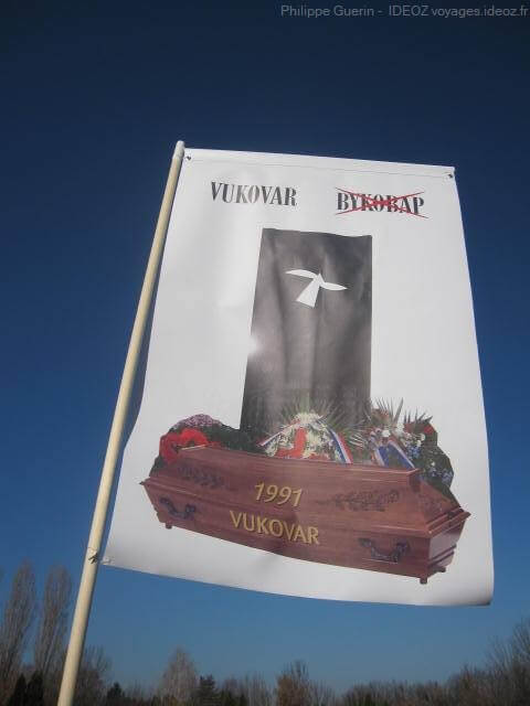 Vukovar-propagande-contre-le-bilinguisme-croate-serbe-1