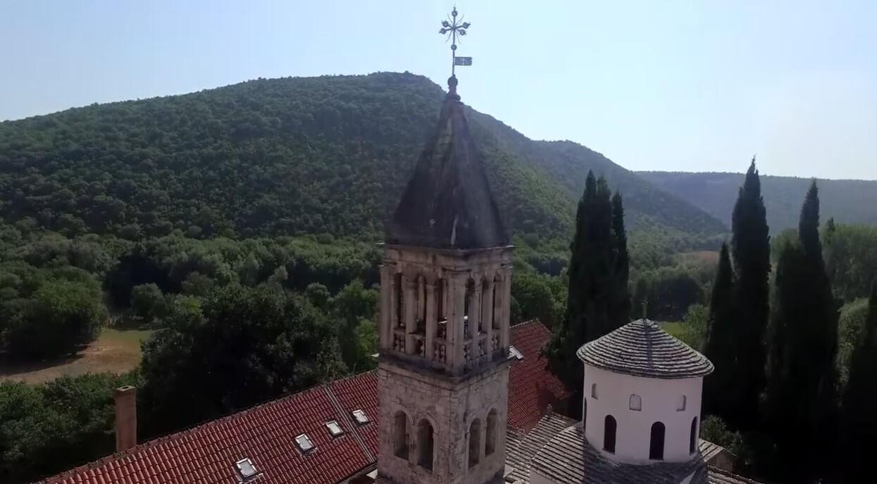 clocher du monastère de krka