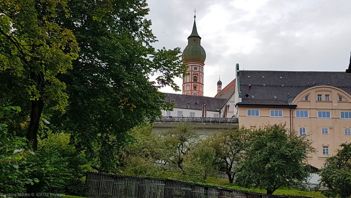 abbaye d'andechs et son verge de pommiers et de poiriers dont les moines tirent leur schnaps