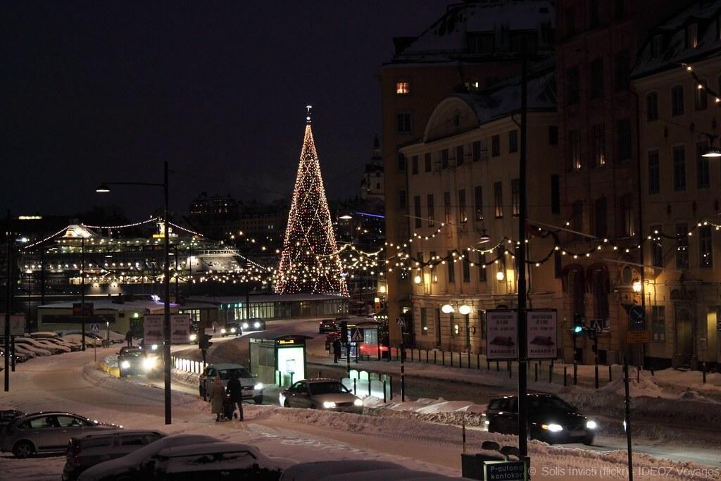 Skeppsbron arbre de noël à stockholm