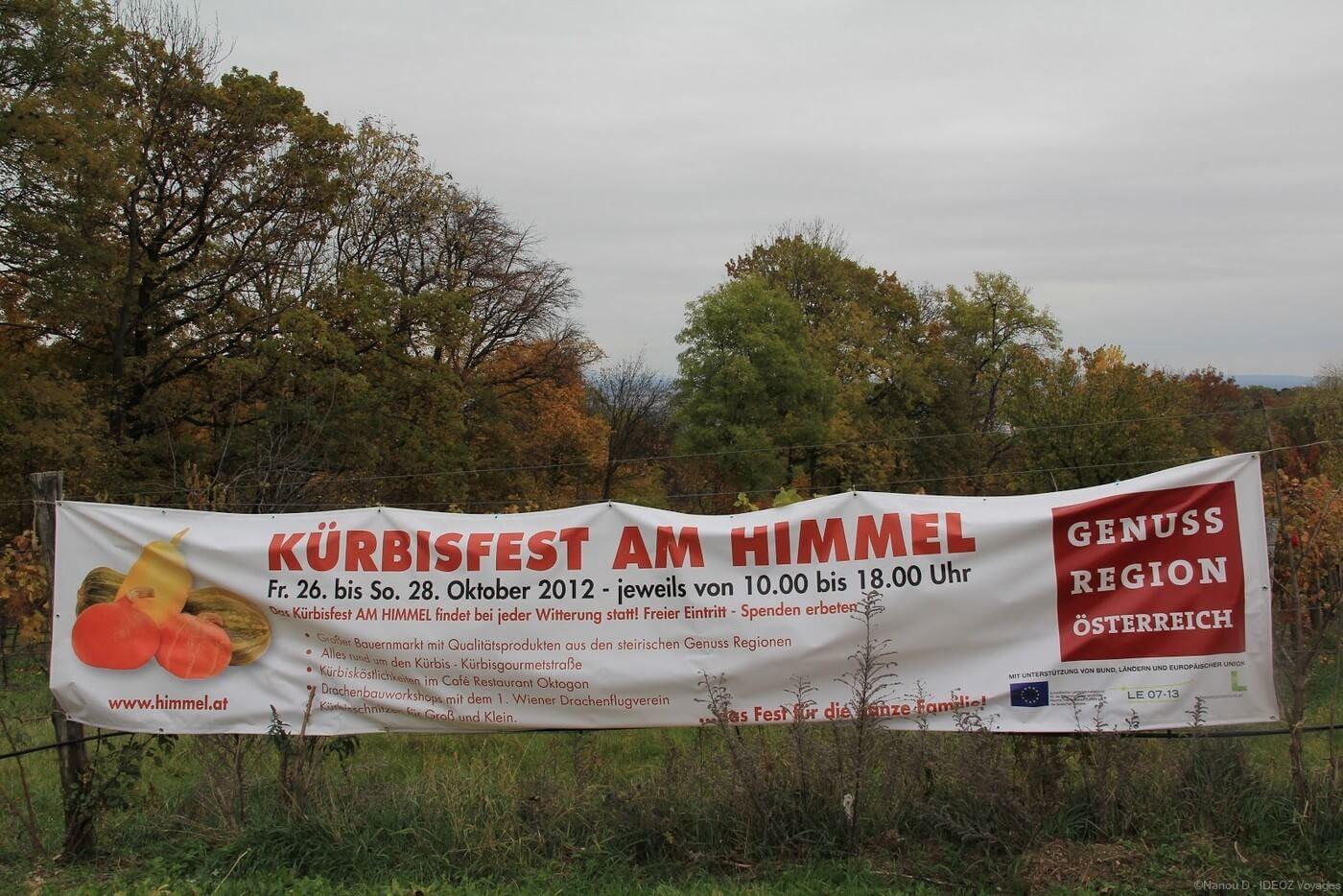 banderole annonçant la  Kurbisfest am Himmel en 2012