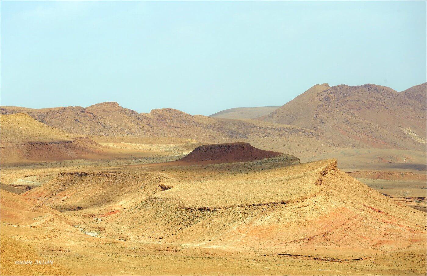 désert marocain en pays berbère