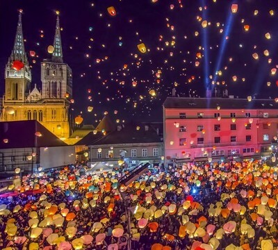 lancer de lampions à zagreb au nouvel an (1)