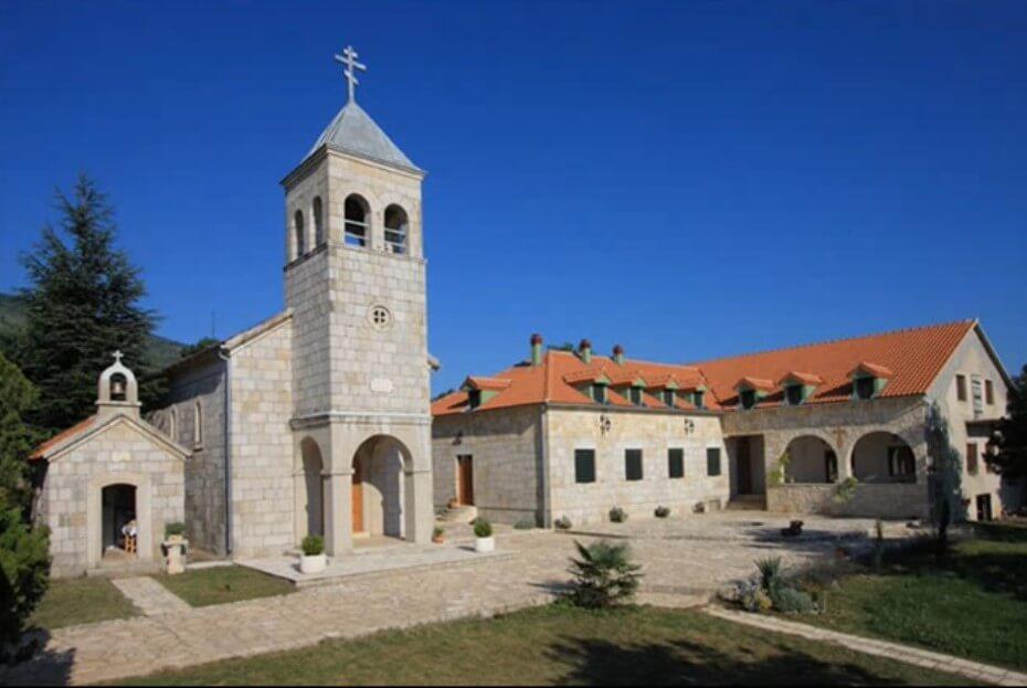 nouveau monastère de Dragovic à koljane en dalmatie du nord