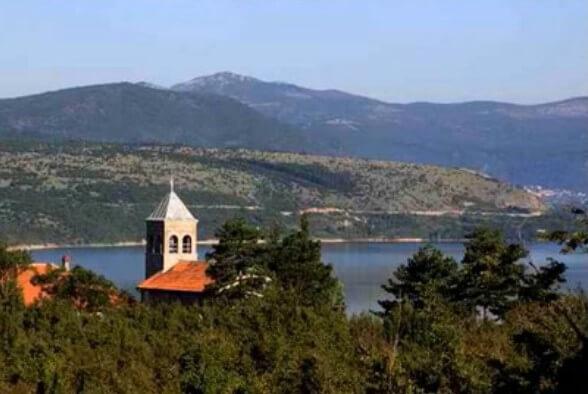 Sur la route des églises et monastères serbes orthodoxes en Krajina 3